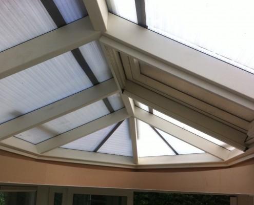Rond glazen dak in serre